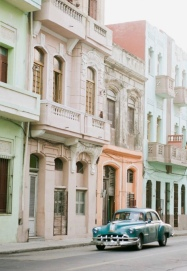Photo Op! Vintage Cars and Cuban Architecture
